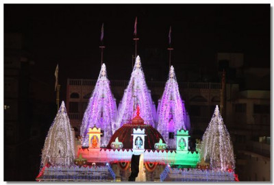 Shree Swaminarayan Mandir in Maninagar decorated with lights