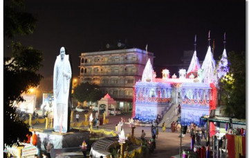 Diwali and New Year Celebrations in Maninagar and Around the World