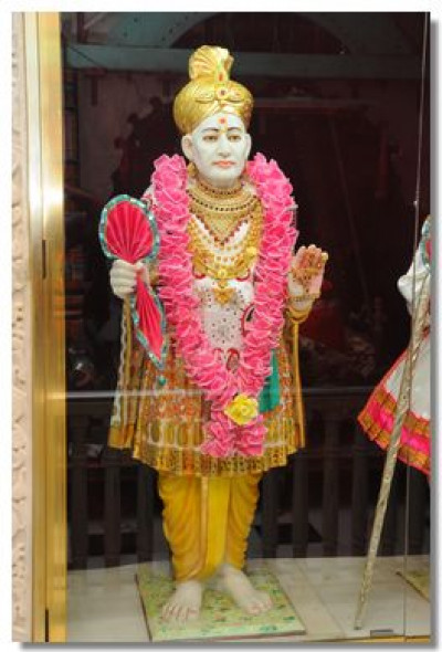 Divine darshan of Jeevanpran Bapashree in Bavla
