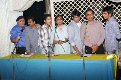 Disciples sings kirtans during the shibir