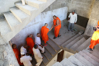 Acharya Swamishree Maharaj views the renovations