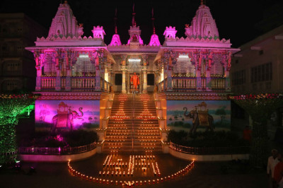 Shree Swaminarayan Mandir Maninagar is beautifully lit up with with lights and diwas