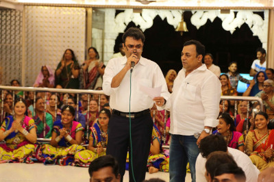 Famous Bollywood playback singers and musicians prepare to perform