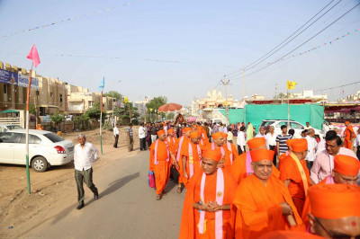 The procession from mandir to the sabha mandap