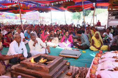 Disciples take part in the murti pratishtha ceremony