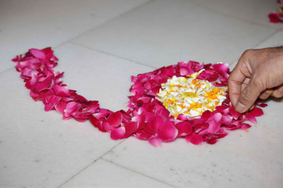 Some of the decorations with flower petals
