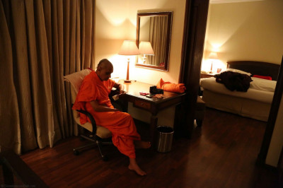 Acharya Swamishree in the hotel room