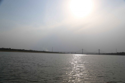 Triveni Sangam point is where the River Yamuna and River Ganges meet