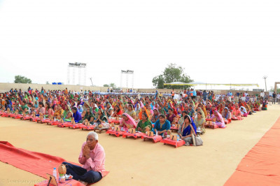 Disciples during the maha yagna ceremony