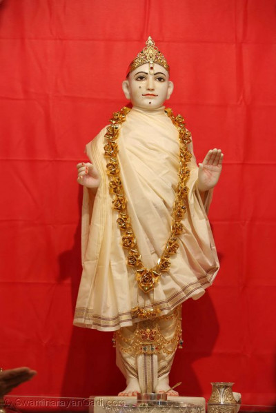Divine darshan of Lord Shree Swaminarayan ready for the patotsav ceremony