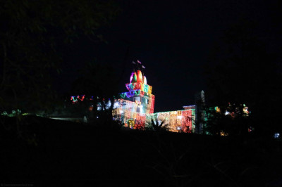 Shree Swaminarayan Mandir Mount Abu sparkling with colour in readiness for the grand three day festival celebrating the mandir's 25th anniversary