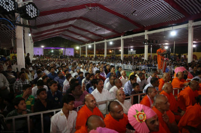 Hundreds of disciples from around the world celebrate 25 years of Shree Swaminarayan Mandir Mount Abu