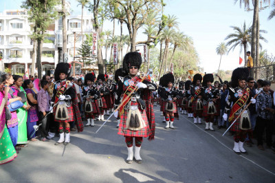 Shree Muktajeevan Swamibapa Pipe Band perform during the grand street procession
