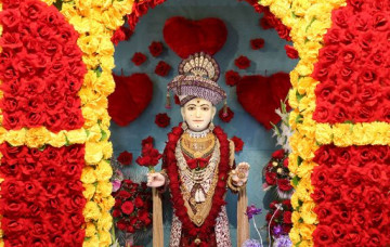 Beloved Lord Shree Swaminarayan's Darshan on Valentine's day