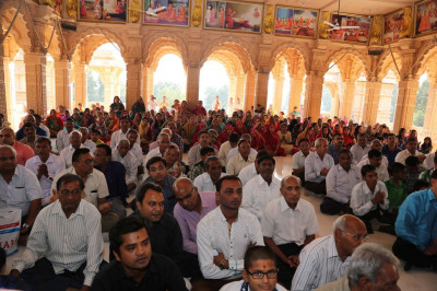 Disciples gathered for the patotsav ceremony of Surat Mandir