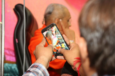Disciples capture priceless memories on their own mobile devices