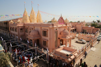 The magnificent Shree Swaminarayan Mandir Bharasar