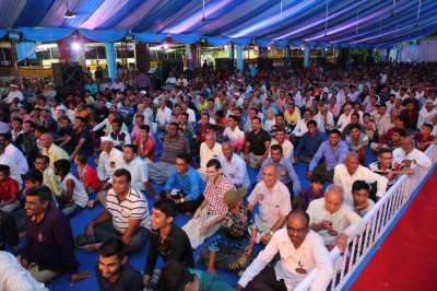 Thousands of disciples gather to enjoy the devotional performances