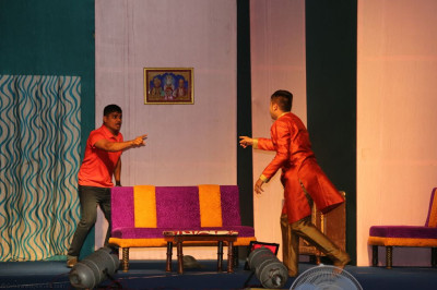 Disciples perform a drama including light comedy highlighting the differences and substantial benefits of being a disciple of Lord Shee Swaminarayan