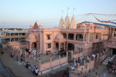 Shree Swaminarayan Mandir Bharasar just after sunrise