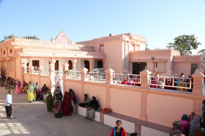 A side view of the new mandir