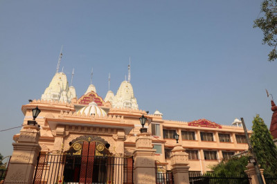 The majestic Shree Swaminarayan Mandir Delhi