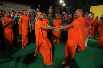 Sants play games to please Lord Shree Swaminarayan