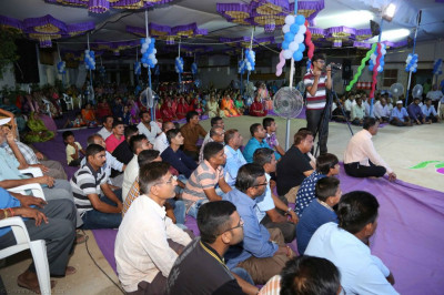 Hundreds of disciples gather to enjoy the celebrations