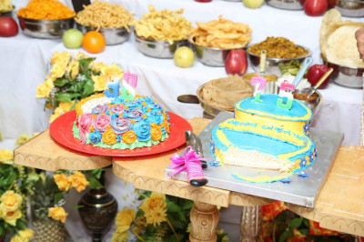The two celebration cakes