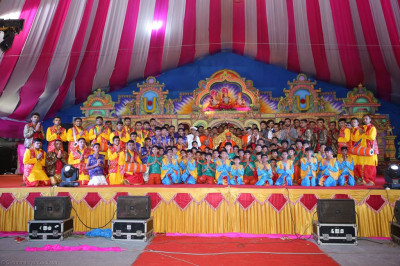 His Divine Holiness Acharya Swamishree blesses all performers on stage