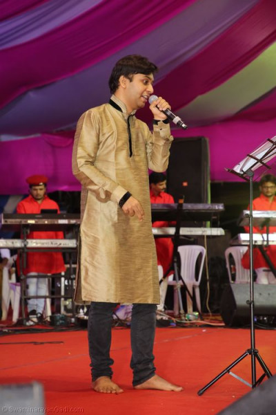 Talented musicians perform devotional songs