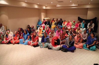 Disciples gather to celebrate His Divine Holiness Acharya Swamishree's 75th anniversary as part of Sadbhav Amrut Parva