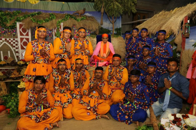 His Divine Holiness Acharya Swamishree blesses disciples who performed in the various dances
