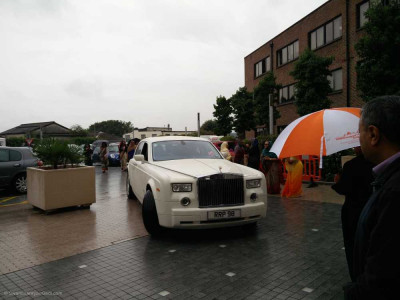 His Divine Holiness Acharya Swamishree arrives at Shree Swaminarayan Mandir Kingsbury