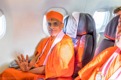 H.D.H Acharya Swamishree boards His flight to Nairobi