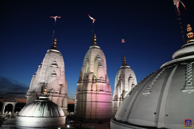 The magnificent three shikars and central dome of Shree Swaminarayan Mandir Kingsbury
