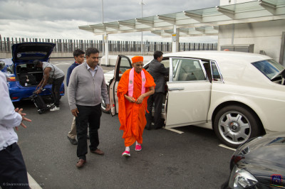 His Divine Holiness Acharya Swamishree Maharaj arrives at London's Heathrow Airport