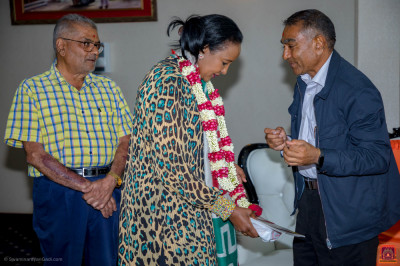 Amina Mohammed receiving blessings
