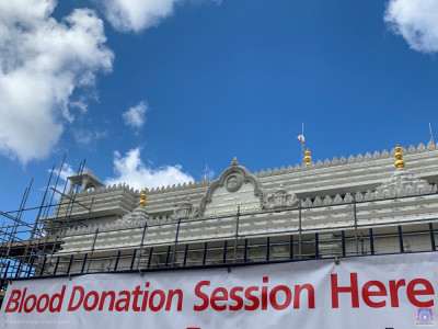 Shree Swaminarayan Mandir Kingsbury hosts the NHS blood donation session