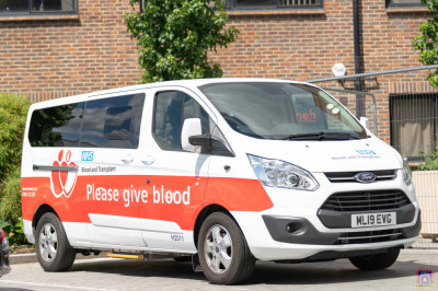 NHS staff arrive in the NHS blood van