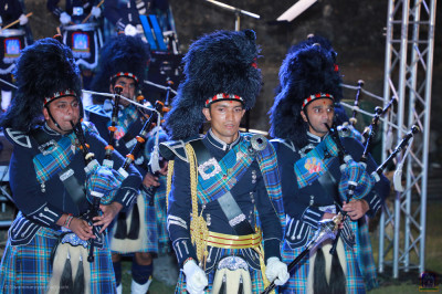 Shree Muktajeevan Swamibapa Pipeband performance on stage