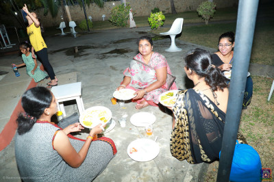 Devotees having dinner