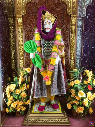 Divine darshan of Jeevanpran Shree Abji Bapashree