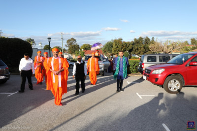 Sants and disciples take part in the short procession into the new mandir complex