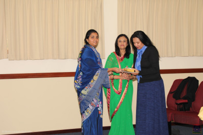 Disciples present gifts to the honoured guests