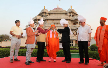 Acharya Swamishree Maharaj Designated as World Peace Ambassador at the IPRA Peace Conference 2018