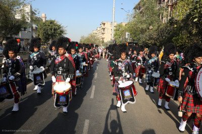 Shree Muktajeevan Swamibapa Pipe Band perform and march four sharp flanks during the morning procession