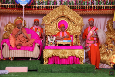Eminent sant of Haridham Sokhda Akshar Purushottam Sansthan addresses all