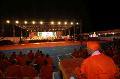 The stage from Acharya Swamishree Maharaj's viewpoint