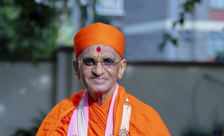 Acharya Swamishree Maharaj's Current Health Status